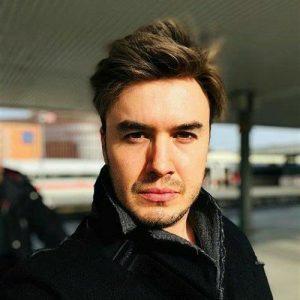 دانلود آهنگ Başaramadım از Mustafa Ceceli